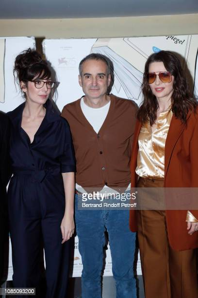 Team of the movie Humorist Nora Hamzawi director Olivier Assayas and actress Juliette Binoche attend the Doubles Vies Premiere at UGC Cine Cite les...