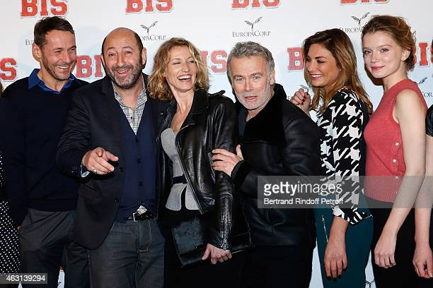 Team of the movie Julien Boisselier Kad Merad Alexandra Lamy Franck Dubosc Guest and Eden Ducourant attend the 'Bis' Movie Paris Premiere at Cinema...