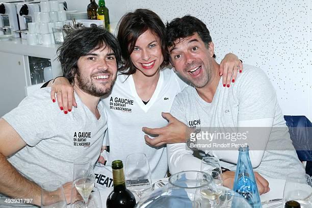Team of theater play 'A gauche en sortant de l'ascenseur' Boris Soulages Caroline Burgues and Stephane Plaza attend the Roland Garros French Tennis...