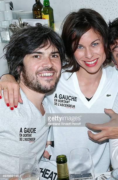 Team of theater play 'A gauche en sortant de l'ascenseur' Boris Soulages and his wife Caroline Burgues attend the Roland Garros French Tennis Open...