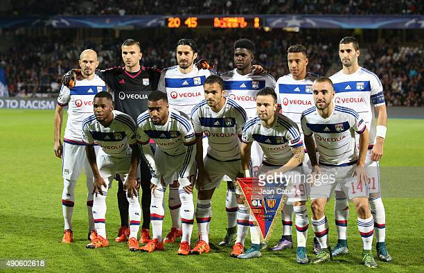 Team Olympique Lyonnais poses before the UEFA Champions league match between Olympic Lyonnais and Valencia CF at Stade de Gerland on September 29...