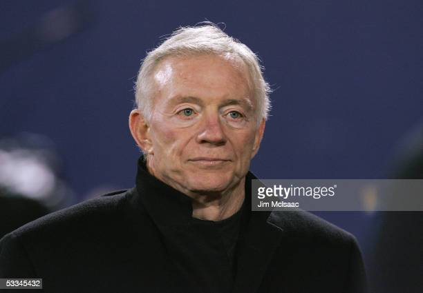 Team owner Jerry Jones of the Dallas Cowboys looks on against the New York Giants during the game on January 2 2005 at Giants Stadium in East...
