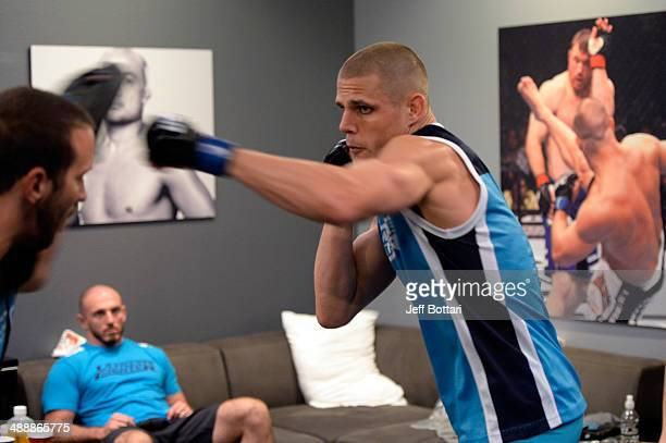 Team Penn fighter Tim Williams warms up in the locker room before facing team Edgar fighter Dhiego Lima in their preliminary fight during filming of...
