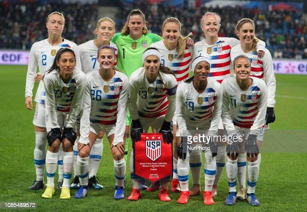 Team photo United States during the International Women's friendly football match between France and United States at Stade Ocane du Havre on January...