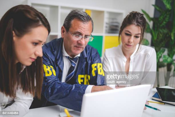 fbi team - federal building stock pictures, royalty-free photos & images