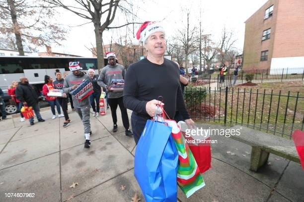 Team president Ernie Grunfeld of the Washington Wizards during the holiday Family To Family event on December 21 2018 in Washington DC NOTE TO USER...