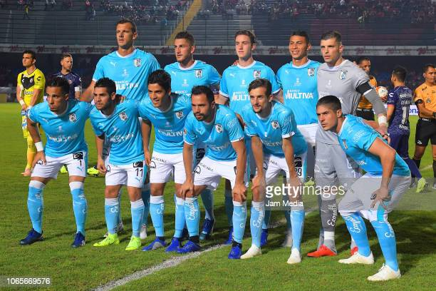 Team Queretaro poses prior a 16th round match between Veracruz and Queretaro as part of Torneo Apertura 2018 Liga MX at Luis 'Pirata' de la Fuente...