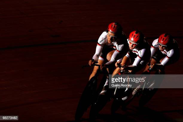 Team Rodin of Australia competes in the Women's Team Pursuit during day three of 2009 UCI Track World Cup at Hisense Arena on November 21, 2009 in...