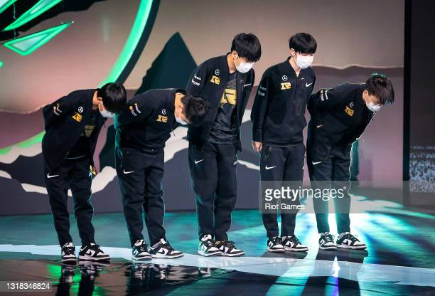 Team Royal Never Give Up takes a bow on stage after a victory at the 2021 MSI annual League of Legends Rumble Stage: Day 3 on May 16, 2021 in...