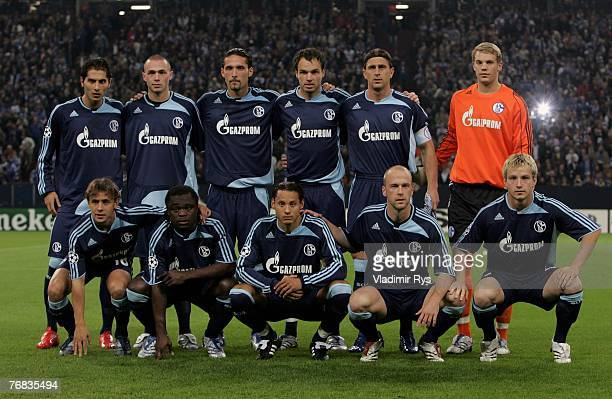 Team Schalke poses for a team photo prior to the UEFA Champions League Group B match between Schalke 04 and Valencia CF at the Veltins Arena on...
