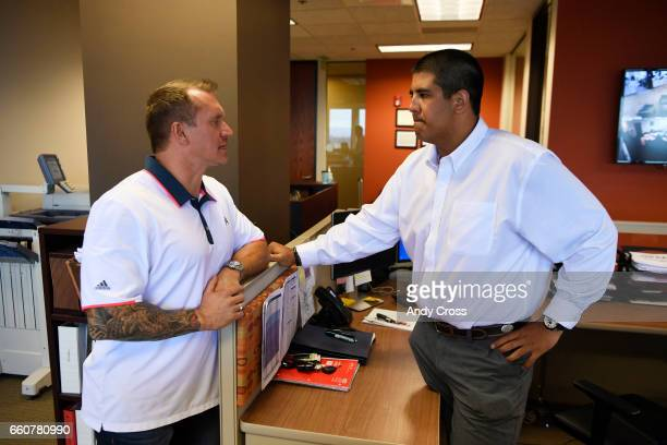 Team Select Home Care President and CEO Mike Lovell left talks with health care recruiter and former Ohio State football standout Tommy Schutt at the...