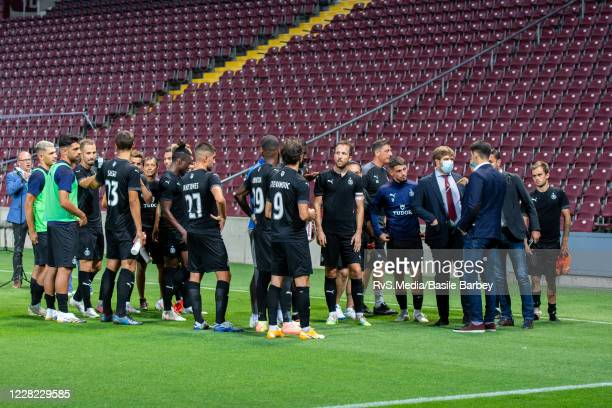 Team Servette FC salute to the fans after the UEFA Europa League qualification match between Servette FC and MFK Ruzomberok at Stade de Geneve on...