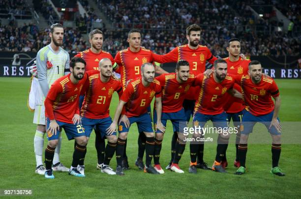 Team Spain poses before the international friendly match between Germany and Spain at EspritArena on March 23 2018 in Duesseldorf Germany
