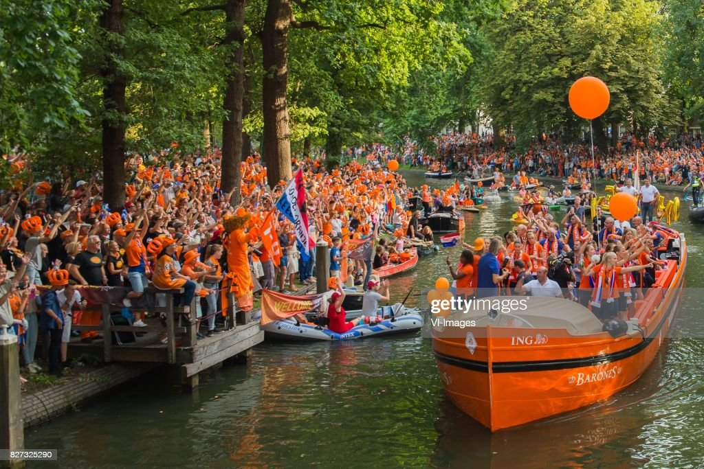 Netherlands Celebrate Their UEFA Women's Euro 2017 Final Victory : News Photo