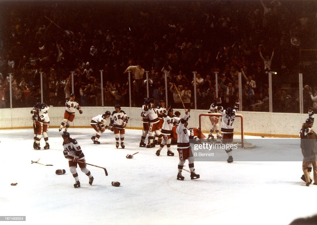 1980 Winter Olympics - Semi Finals:  Soviet Union v USA : News Photo