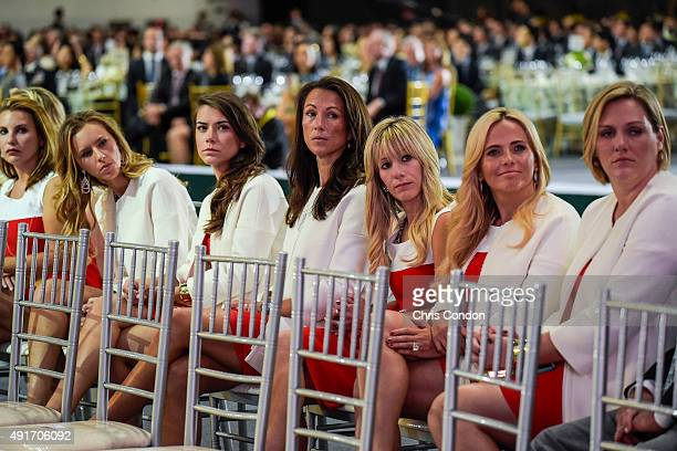 Team USA wives and girlfriends Erica Holmes Erin Walker Annie Verret Sybi Kuchar Justine Reed Amy Mickelson and Kim Barclay attend The Presidents Cup...