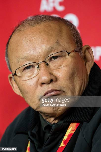 Team Vietnam manager HangSeo Park reacts prior to the AFC U23 Championship China 2018 Quarterfinals match between Iraq and Vietnam at Changshu...