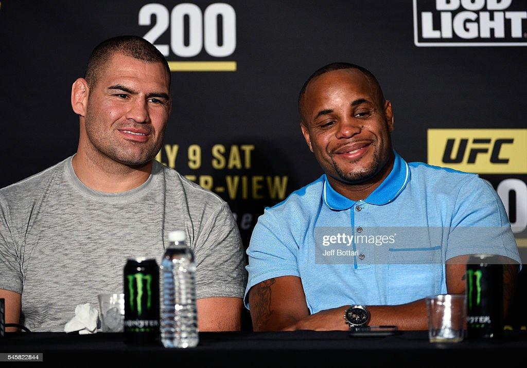 UFC 200: Tate v Nunes : News Photo