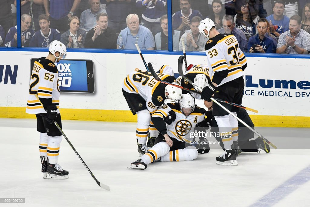 NHL: MAY 06 Stanley Cup Playoffs Second Round Game 5 - Bruins at Lightning : News Photo