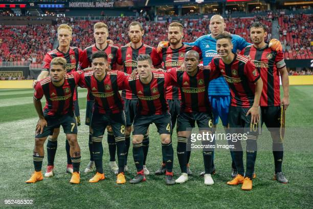 Teamphoto Atlanta United top row Jeff Larentowicz of Atlanta United Chris McCann of Atlanta United Julian Gressel of Atlanta United Leandro Gonzalez...