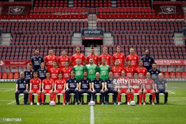 Teamphoto FC Twente: physical trainer Balder Berckmans, Alexander Laukart, Tom Boere, Emiel Berggreen, Haris Vuckic, Peet Bijen, Jari Oosterwijk,...