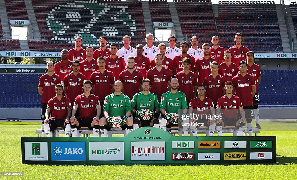 Hannover 96 - Team Presentation : News Photo