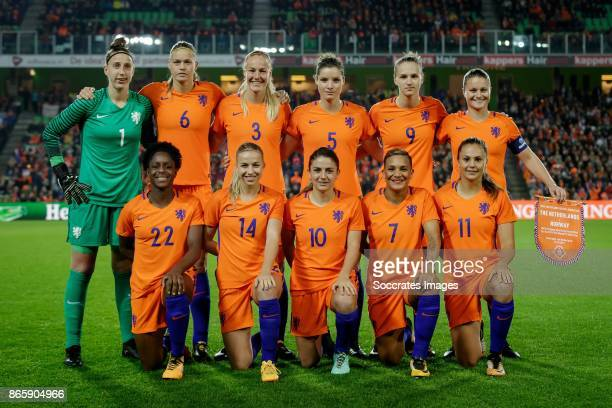 teamphoto Holland back row Sari van Veenendaal of Holland Women Anouk Dekker of Holland Women Stefanie van der Gragt of Holland Women Dominque...