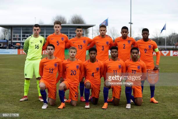 Teamphoto holland U17 standing Joey Koorevaar of Holland U17 Ramon Hendriks of Holland U17 Elayis Tavsan of Holland U17 Liam van Gelderen of Holland...