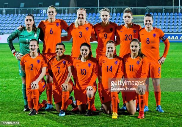 Teamphoto of Holland women standing Angela Christ of Holland Women Anouk Dekker of Holland Women Stefanie van der Gragt of Holland Women Vivianne...