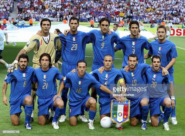 Teamphoto of the Italian national team Gianluigi Buffon Marco Materazzi Luca Toni Fabio Grosso Francesco Totti Gennaro Gattuso Andrea Pirlo Mauro...