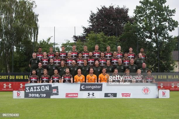 Teampresentation FC Sankt Pauli back row from left Sami Allagui Daniel Buballa Luca Zander Philipp Ziereis Johannes Flum Florian Carstens Brian...