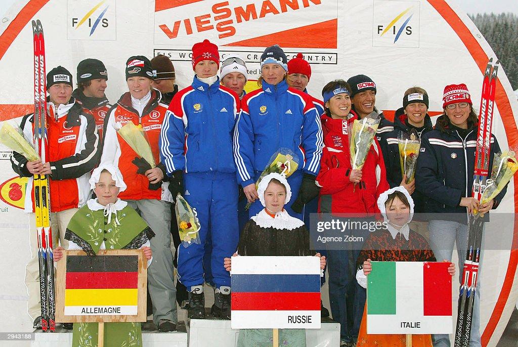 FIS Ski World Cup: Womens 4x5 km Relay : Foto di attualità