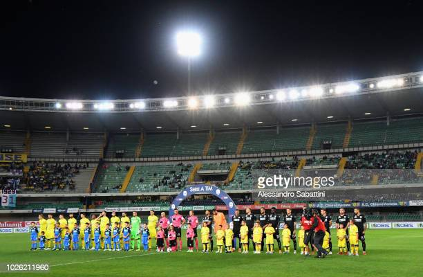 Teams of Chievo Verona and Empoli line up during the serie A match between Chievo Verona and Empoli at Stadio Marc'Antonio Bentegodi on September 2...