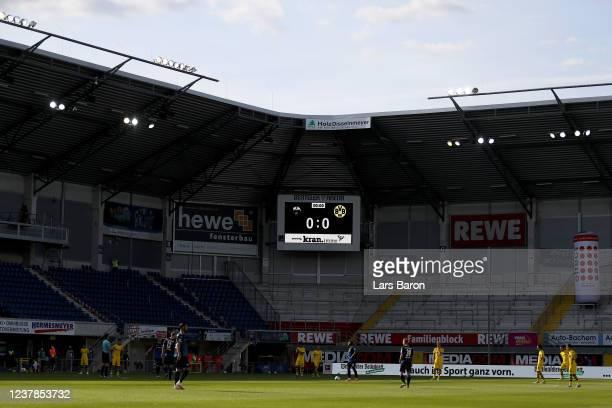 Teams wait for Kick Off during the Bundesliga match between SC Paderborn 07 and Borussia Dortmund at Benteler Arena on May 31, 2020 in Paderborn,...
