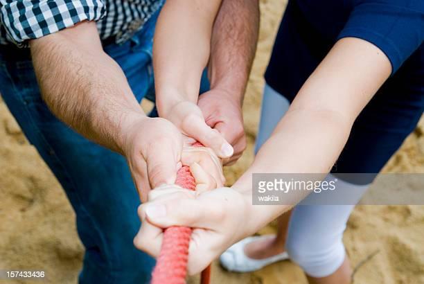 teamwork hands on rope - Hände ziehen an Tau