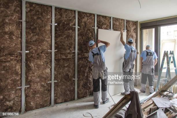 Teamarbeit auf Baustelle hautnah
