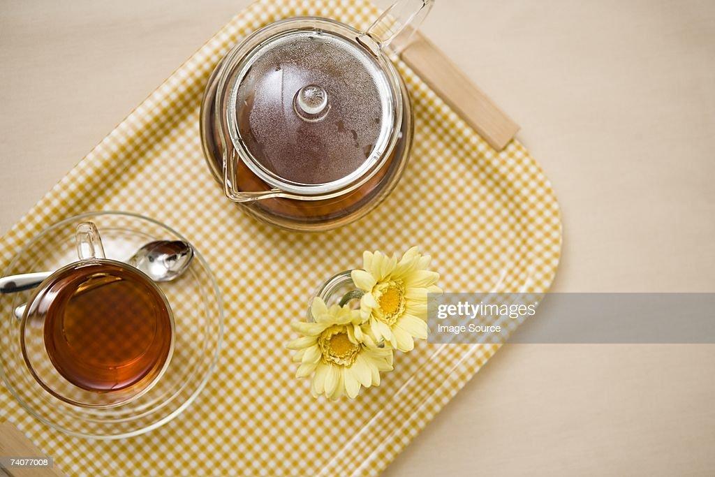 Teapot and teacup : Stock Photo