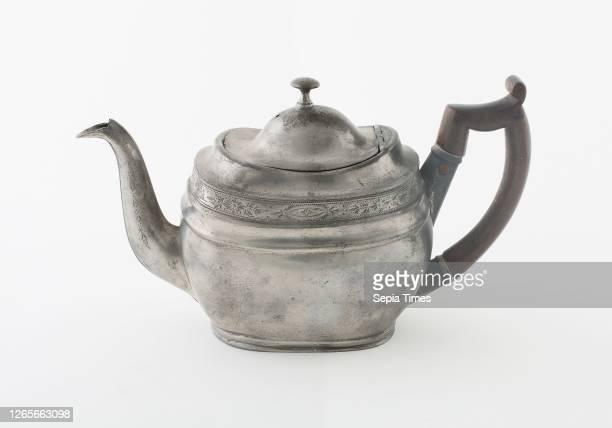 Teapot, c. 1820, Birch and Villers , England, active c. 1775-1820, Birmingham, England, Birmingham, Pewter and wood, 15.2 × 10.8 × 26 cm .