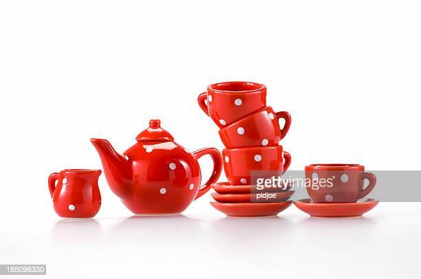 teapot teacups and saucers
