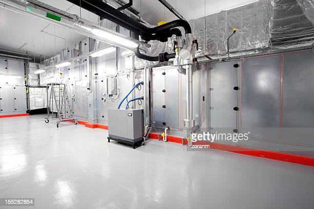 Technical floor with processing units