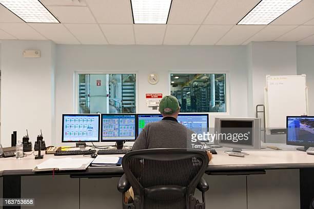 sala di controllo - pianta acquatica foto e immagini stock