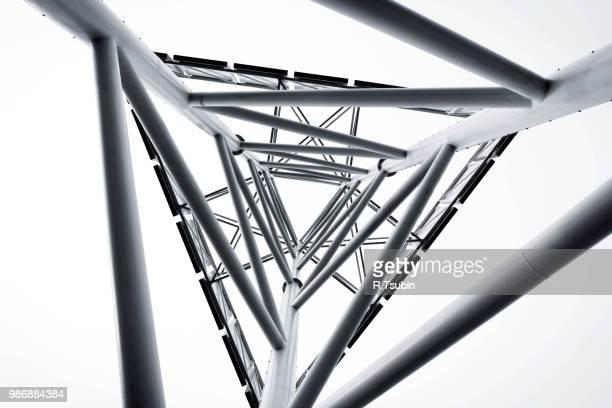 technology abstract metal structure - torre struttura edile foto e immagini stock