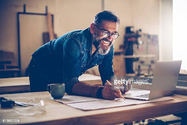 technology was a huge help in this business - business owner stock photos and pictures