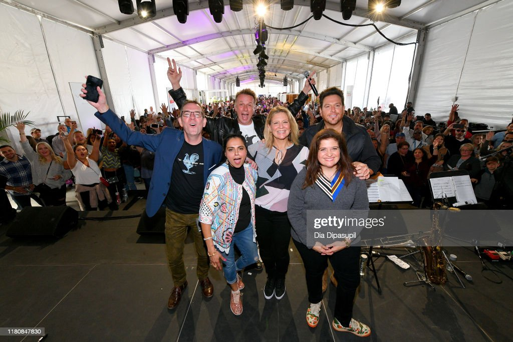 Food Network & Cooking Channel New York City Wine & Food Festival presented by Capital One - Sunday Brunch hosted by Marc Murphy and Devour Power : News Photo