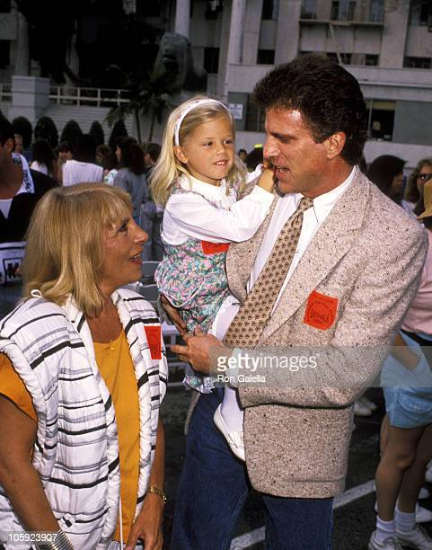 Ted Danson Casey Coates and Alexis Danson during Earthwalk Benefit April 22 1990 at 20th Century Fox Studios in Los Angeles California United States