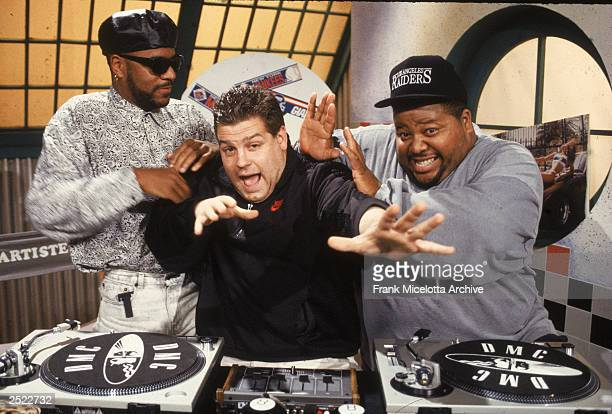 Ted Demme, producer of 'Yo! MTV Raps' with hosts Ed Lover and Dr. Dre at the MTV Studios in 1988.
