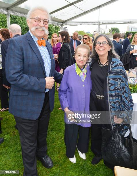 Ted Liebman Angie Cabrera and Nina Liebman attend the Franklin D Roosevelt Four Freedoms Park's gala honoring Founder Ambassador William J Vanden...