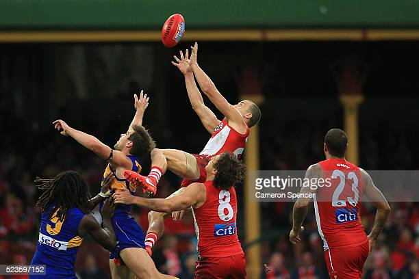 Ted Richards of the Swans marks during the round five AFL match between the Sydney Swans and the West Coast Eagles at Sydney Cricket Ground on April...