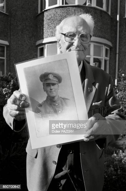 Ted Rimmer ancien combattant de la guerre de 1418 né à Southport le 10 septembre 1898 Mobilisé en 1916 il participe aux batailles d'Ypres en 1917...