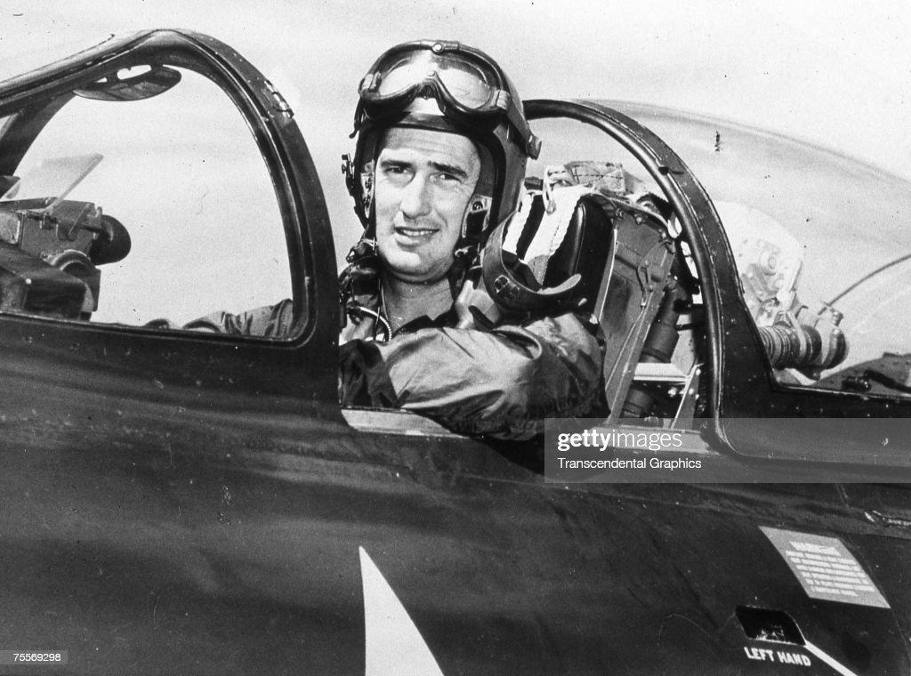 Ted Williams 1952 Korean War Pilot : News Photo